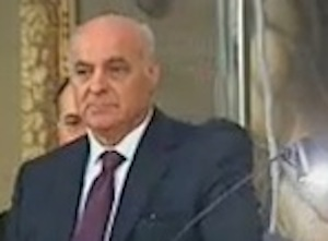 """Pippo Gennuso denuncia: """"A Pachinio si amministra nell'illegalità"""""""