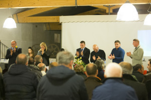 Foto TAV 4 (standing ovation in ricordo di C. Saglimbene)