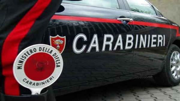 Siracusa: Dopo un sorpasso azzardato l'automobilista indisciplinato aggredisce un ragazzo di 32 anni. Intervengono i carabinieri