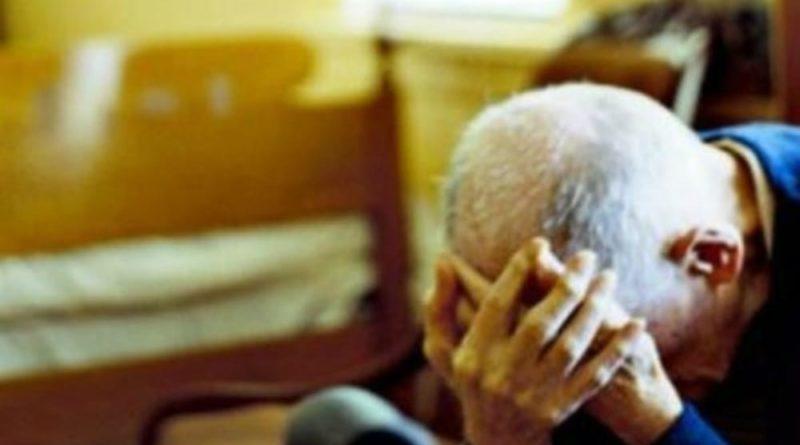 Avola: Maltrattamenti in famiglia. Un giovane aggredisce il padre e gli danneggia il motorino