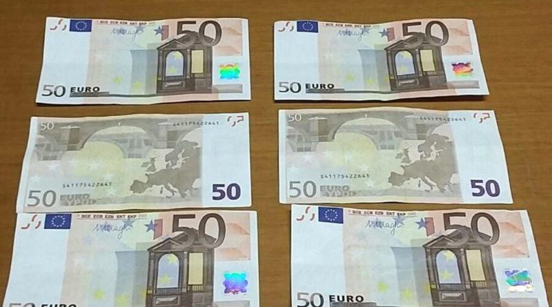 Siracusa: Controlli sul territorio, la polizia sequestra 2 banconote contraffate e denuncia 2 persone