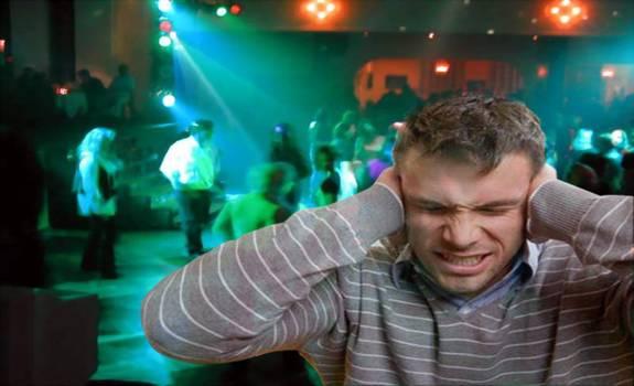 Siracusa: Lotta all'inquinamento acustico. Dopo mezzanotte emissioni sonore fino a 55 decibel