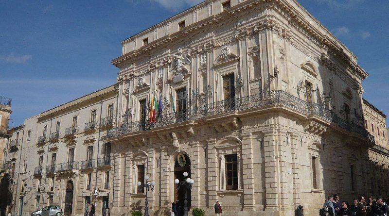 """Siracusa: Consiglio approva  Piani """"Triennale OOPP"""" e """"Alienazioni"""" Stasera in aula i correttivi chiesti dalla Corte dei Conti"""