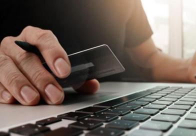 Si fanno accreditare il denaro per la vendita online, ma non inviano mai la merce: denunciati