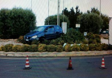 Siracusa – Pensionato muore alla guida della sua auto all'Arenella forse per un malore.